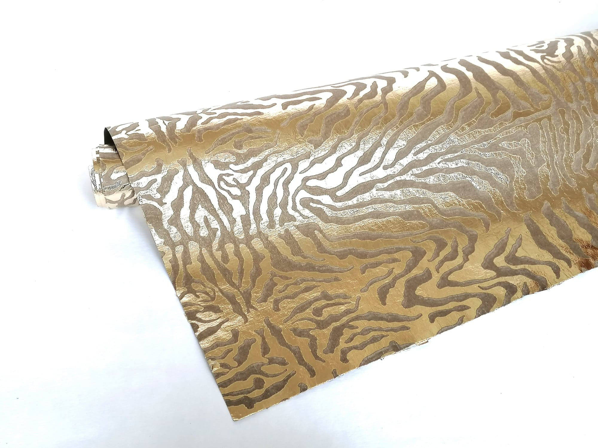 grawerowanie washpapy laserem - blog Alternative Textiles
